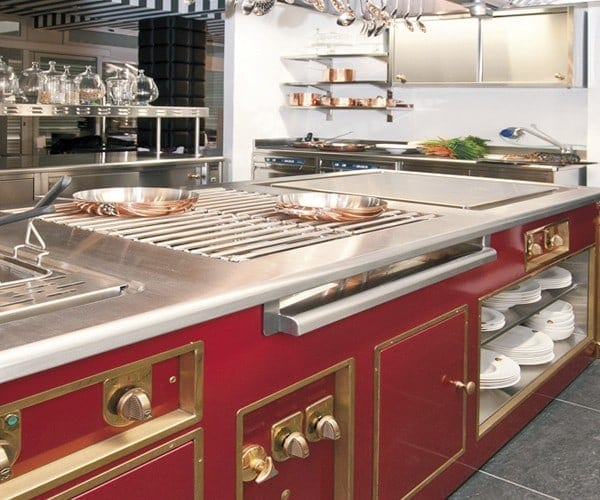 Commercial Kitchen Island: Luxury Professional Stoves